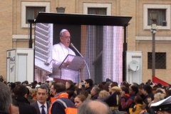 papa-francesco---piazza-san-pietro-marzo-2013_13887615532_o