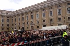 papa-francesco---piazza-san-pietro-marzo-2013_13887621112_o