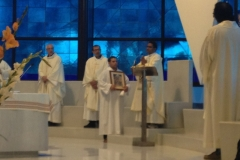 pellegrinaggio-2014-delle-misericordie-al-santuario-della-madonna-del-divino-amore_14357421944_o